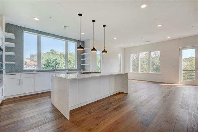 3100 Manchaca RD, Travis, Texas 78704, 3 Bedrooms Bedrooms, ,3 BathroomsBathrooms,Residential,For Sale,Manchaca,9885993