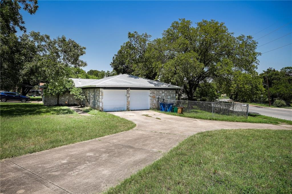 1171 Angelina ST, Travis, Texas 78702, 4 Bedrooms Bedrooms, ,2 BathroomsBathrooms,Residential Lease,For Sale,Angelina,1000969
