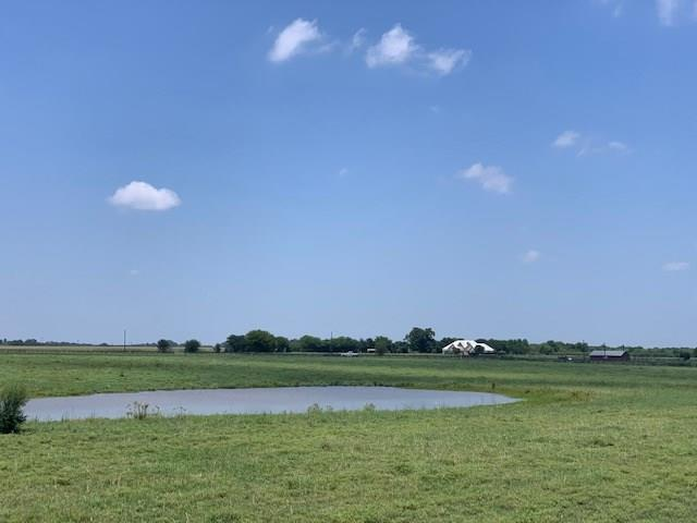 Located just minutes from the city limits of La Grange, on approx 84 acres with a pond, scattered trees and a 3 bd, 2 ba brick remodeled home.  Perfect for cattle or horse ranch w perimeter & cross fencing. 24 hour notice needed for renter.  134 acres can be purchased.Restrictions: Unknown