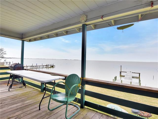 303 Fishermans RD, Chambers, Texas 77514, 2 Bedrooms Bedrooms, ,1 BathroomBathrooms,Residential,For Sale,Fishermans,9114878