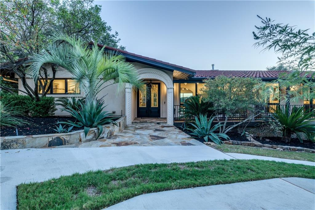 Complete remodel, down to the studs in 2017 with high end finishes.  Prime Westlake.   Privately located located at the end of the cul-de-sac with pool & spa.  Panoramic hill-country views and only 10 minutes to downtown Austin.  Imagine yourself winding down each day on the patio with a glass a wine while watching the sunset.  A must see! Acclaimed Eanes ISD.  Appointment with agent only and 24 hour notice if possible.Guest Accommodations: Yes  Sprinkler Sys:Yes