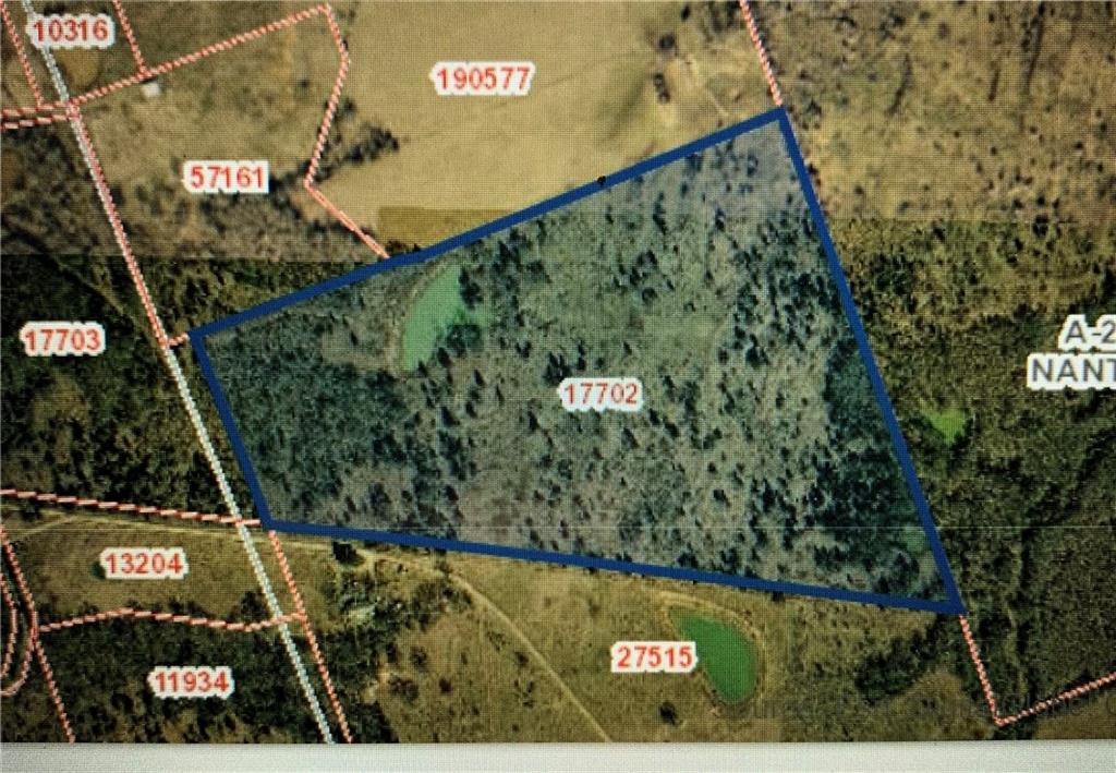 Beautiful wooded 35.7 acre ranch with great views and sunsets to build your dream home on. You will be approximately 45 minutes from Austin, and about 20 minutes from Elgin. Can be used for hunting leases or retreat. 
