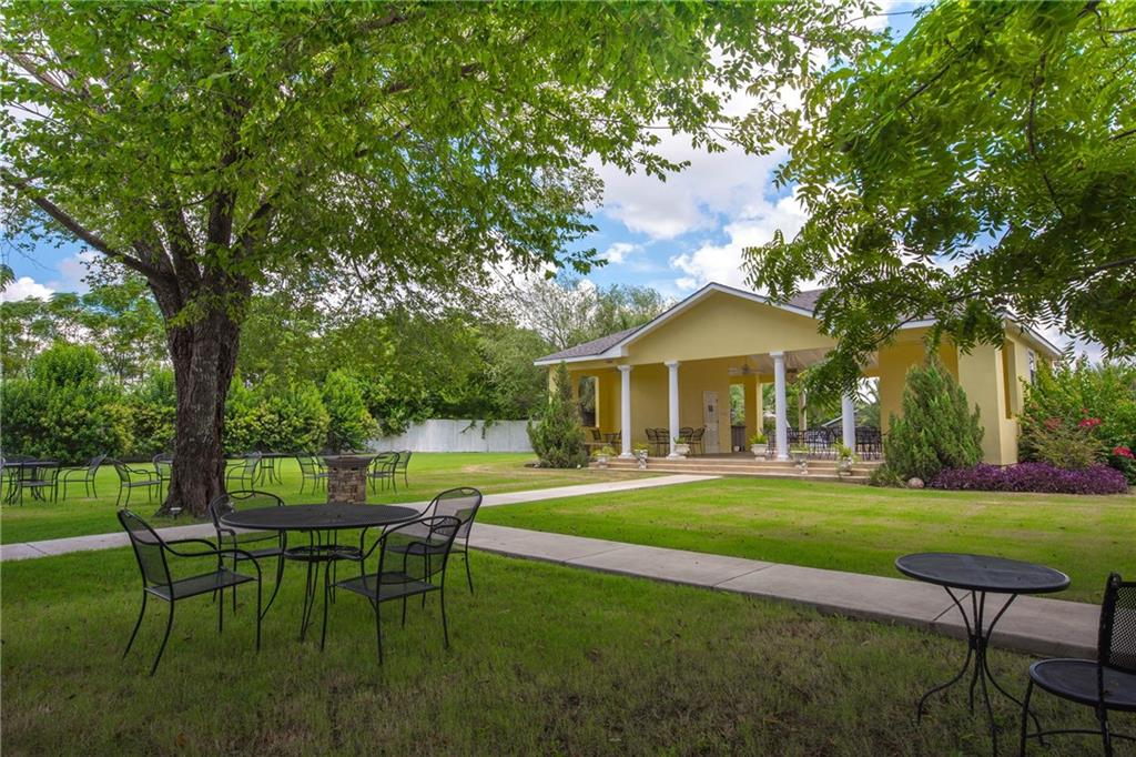 2109 4TH ST, Williamson, Texas 76574, 8 Bedrooms Bedrooms, ,6 BathroomsBathrooms,Residential,For Sale,4TH,2732556