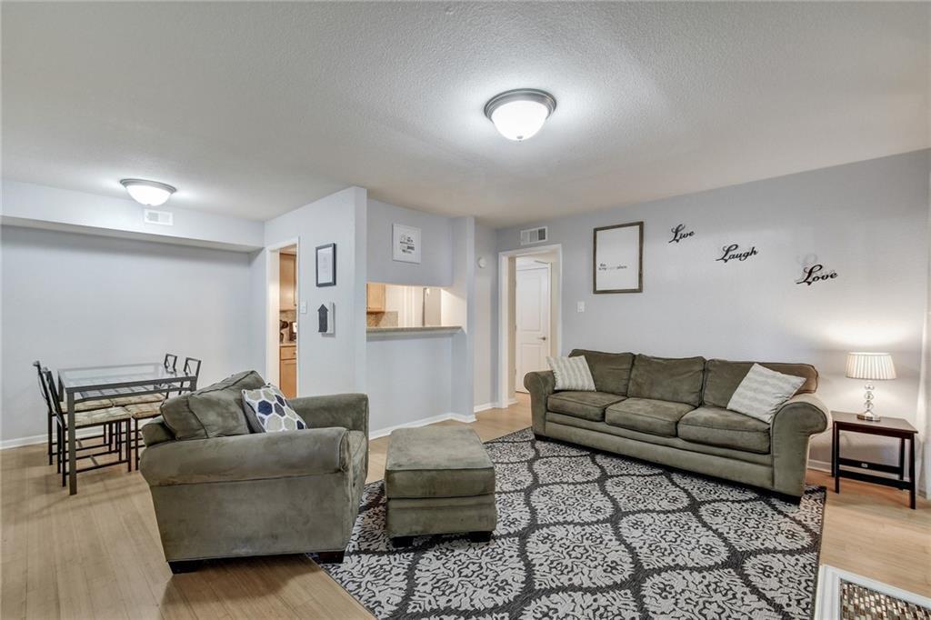 3204 Menchaca RD, Travis, Texas 78704, 2 Bedrooms Bedrooms, ,2 BathroomsBathrooms,Residential,For Sale,Menchaca,9990900