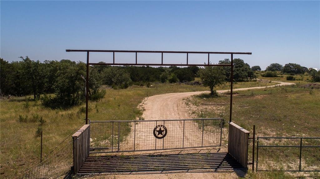 6990 Fitzhugh RD, Hays, Texas 78620, ,Farm,For Sale,Fitzhugh,8231680