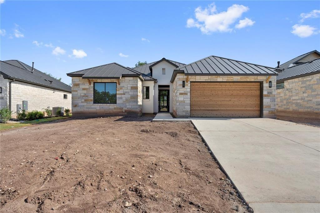 A new Upscale Golf Course community developed by Prominence Homes! Several floor plans to choose from 10 and 12 ft. ceilings, iron doors and log fireplaces!! A MUST SEE !!Restrictions: Yes  Sprinkler Sys:Yes