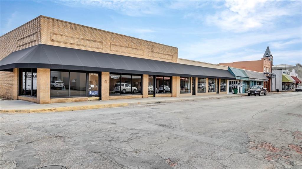 245 & 299 Belknap, Stephenville, TX 76401