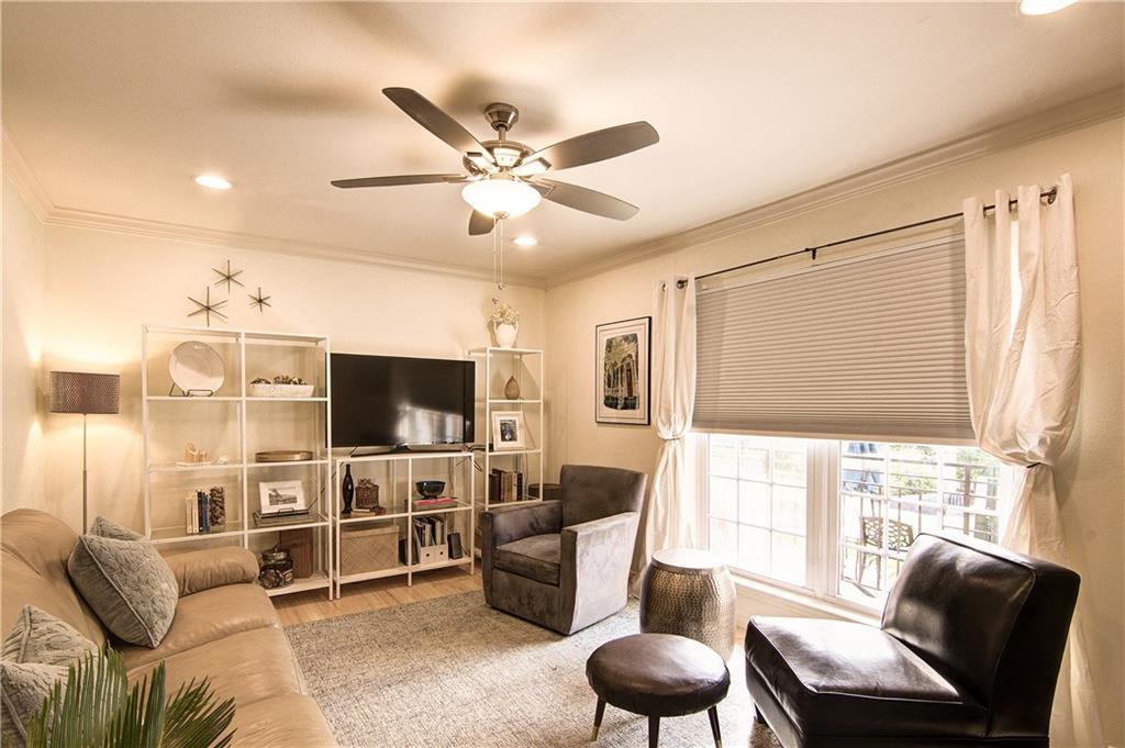 900 Lamar BLVD, Travis, Texas 78704, 1 Bedroom Bedrooms, ,1 BathroomBathrooms,Residential,For Sale,Lamar,9949953