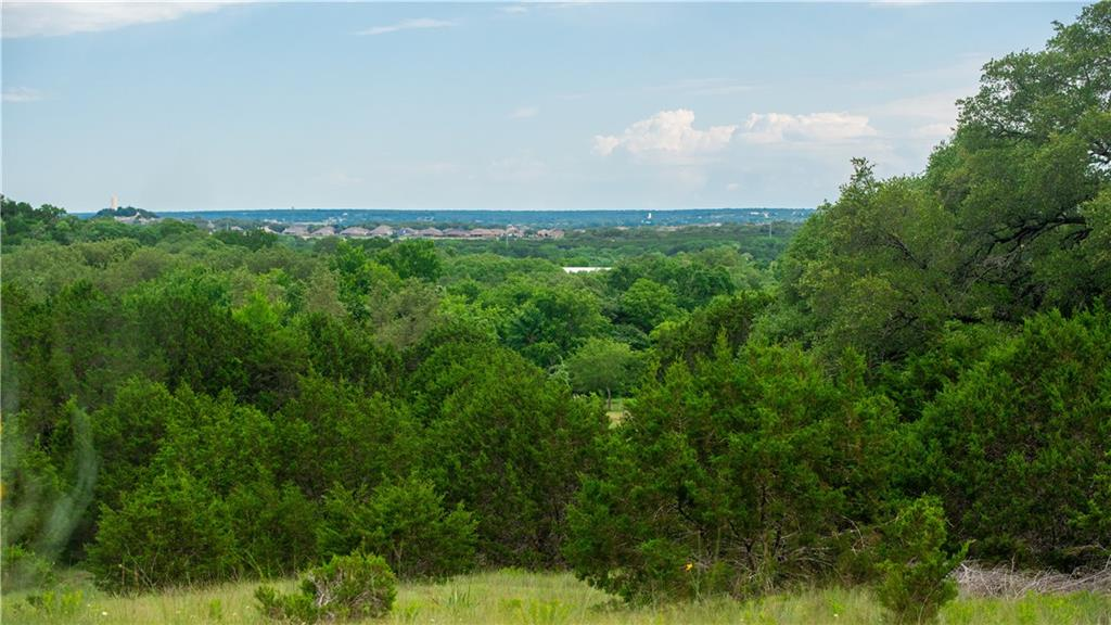 Private+secluded 48 acres in Harker Heights. Beautiful hilltop views. Central, flat area suitable for building. Private