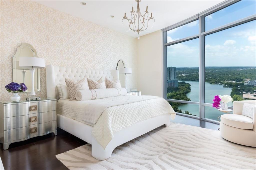 200 Congress Ave, Travis, Texas 78701, 2 Bedrooms Bedrooms, ,2 BathroomsBathrooms,Residential,For Sale,Congress,9753470