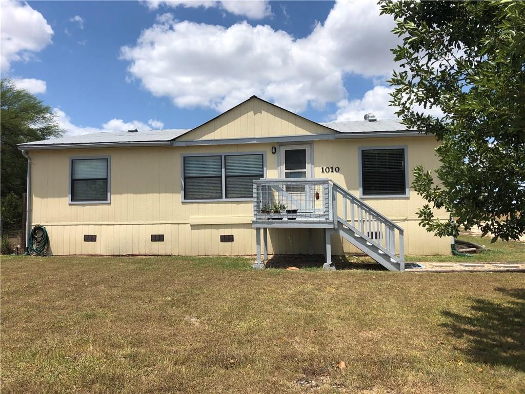 1010 Grandview DR, Hays, Texas 78666, 3 Bedrooms Bedrooms, ,2 BathroomsBathrooms,Residential,For Sale,Grandview,9987042