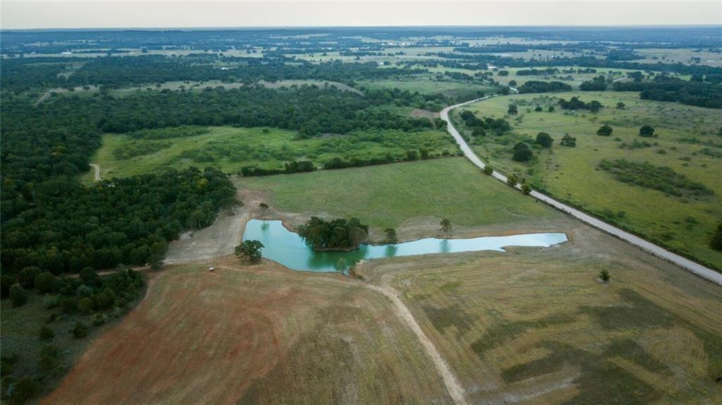 Great property to build your dream home on, with ponds for fishing or hunting... just far enough out of town and a jog back to town.. currently ag exempt... Call/text/email for more info.FEMA - Unknown Restrictions: Unknown