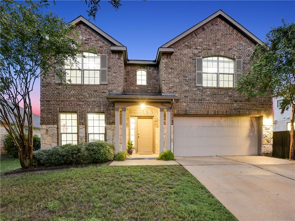 Here's Your Opportunity to Purchase a Great Home in a Highly Sought after Neighborhood!! Open floorplan has all the space you could desire, high ceilings, gorgeous open kitchen to family room, owner's suite down, three bedrooms upstairs and large game room. Falcon Pointe community pool-park-clubhouse-activities. Convenient to toll roads, major employers, medical facilities and more!