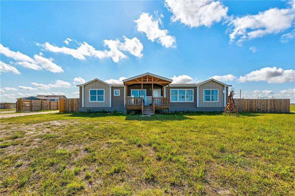 4245 County Road 406, Williamson, Texas 76574, 3 Bedrooms Bedrooms, ,2 BathroomsBathrooms,Residential,For Sale,County Road 406,9515724