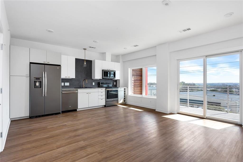 4361 Congress Ave, Travis, Texas 78745, 1 Bedroom Bedrooms, ,1 BathroomBathrooms,Residential Lease,For Sale,Congress,9606823