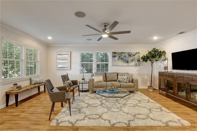 1603 Berene Ave, Travis, Texas 78721, 4 Bedrooms Bedrooms, ,2 BathroomsBathrooms,Residential,For Sale,Berene,9789421