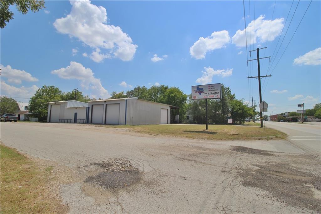 256 N Highway 95 Highway, Bartlett, TX 76511