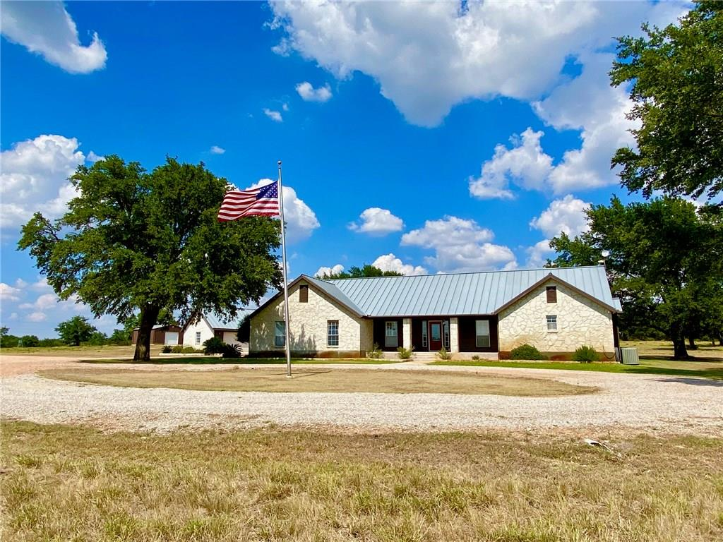 Gorgeous custom 3100 sq ft ranch style home on 17+/- acres in lovely the Texas Hill Country. Property is located in a gated community with small Ranch Owners HOA. This custom home has tons of amazing features like open kitchen to living area for entertaining, outdoor kitchen, swimming pool, barn with area pens for horses, and an abundance of mature oak trees. Come check this house out it won't last longRestrictions: Yes