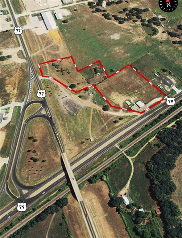 Great commercial location with HIGH visibility and HIGH traffice counts.  Just over 6 acres would make a great location for any business that needs space.  Truck stop, Dealership, Hotel complex, the sky is the limit.