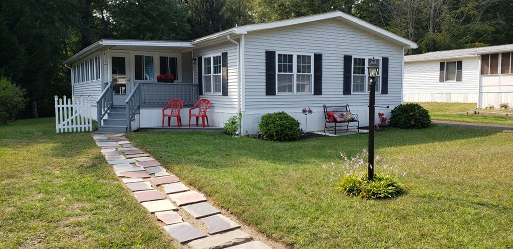 MLS 72728599: 53 Friendship Drive, West Bridgewater MA 02379, West Bridgewater MA