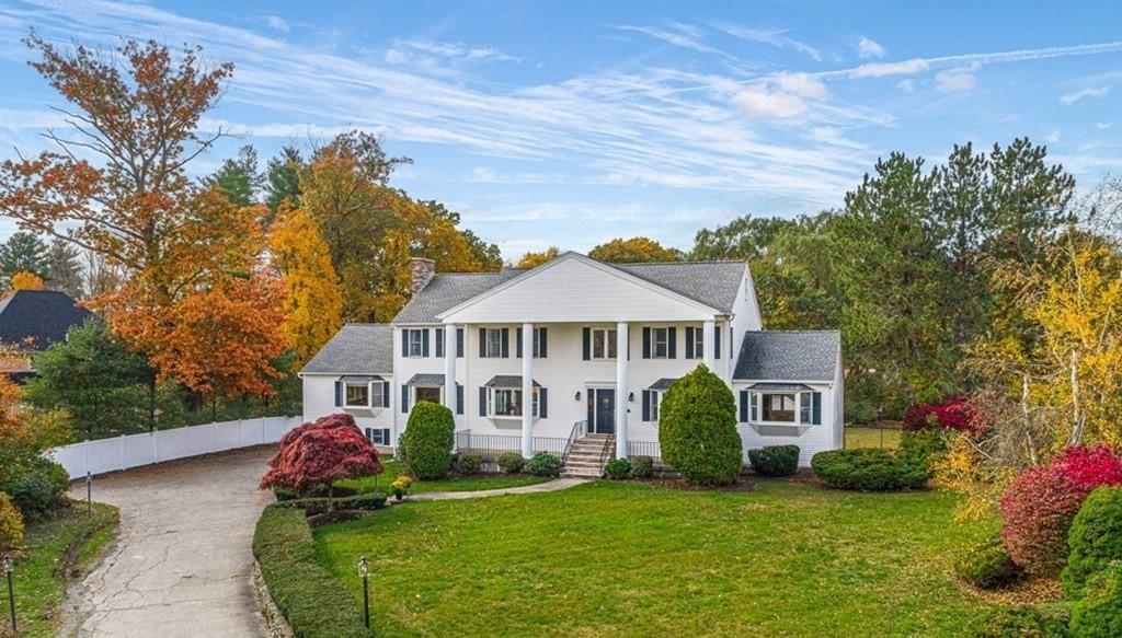MLS 72790211: 4 Orchard Crossing, Andover MA 01810