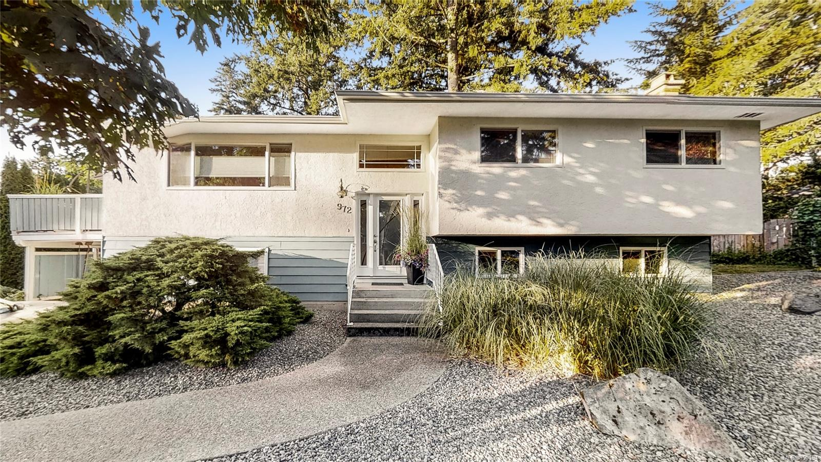 A/O in place S/R Aug 10th. Great opportunity to get into the market with this south facing 4 bed 3 bath 2232 sq. ft. home on a 8057 sqft lot on a quiet cul-de-sac in desirable Brentwood Bay.  Walking distance to pier and marina.  This split level well-maintained home is perfect for a family or investors with suite potential. 2014 roof, vinyl windows, heat pump.  Cozy living room with wood fireplace, kitchen with skylight and dining area which leads out to an attractive vinyl sundeck overlooking the private backyard.Master bedroom includes 2pc ensuite, two more bedrooms and a 4pc bath complete the main living area. Downstairs there is a fourth bedroom, den & rec room with wood stove, 2 pc bathroom, laundry/storage and access to carport.