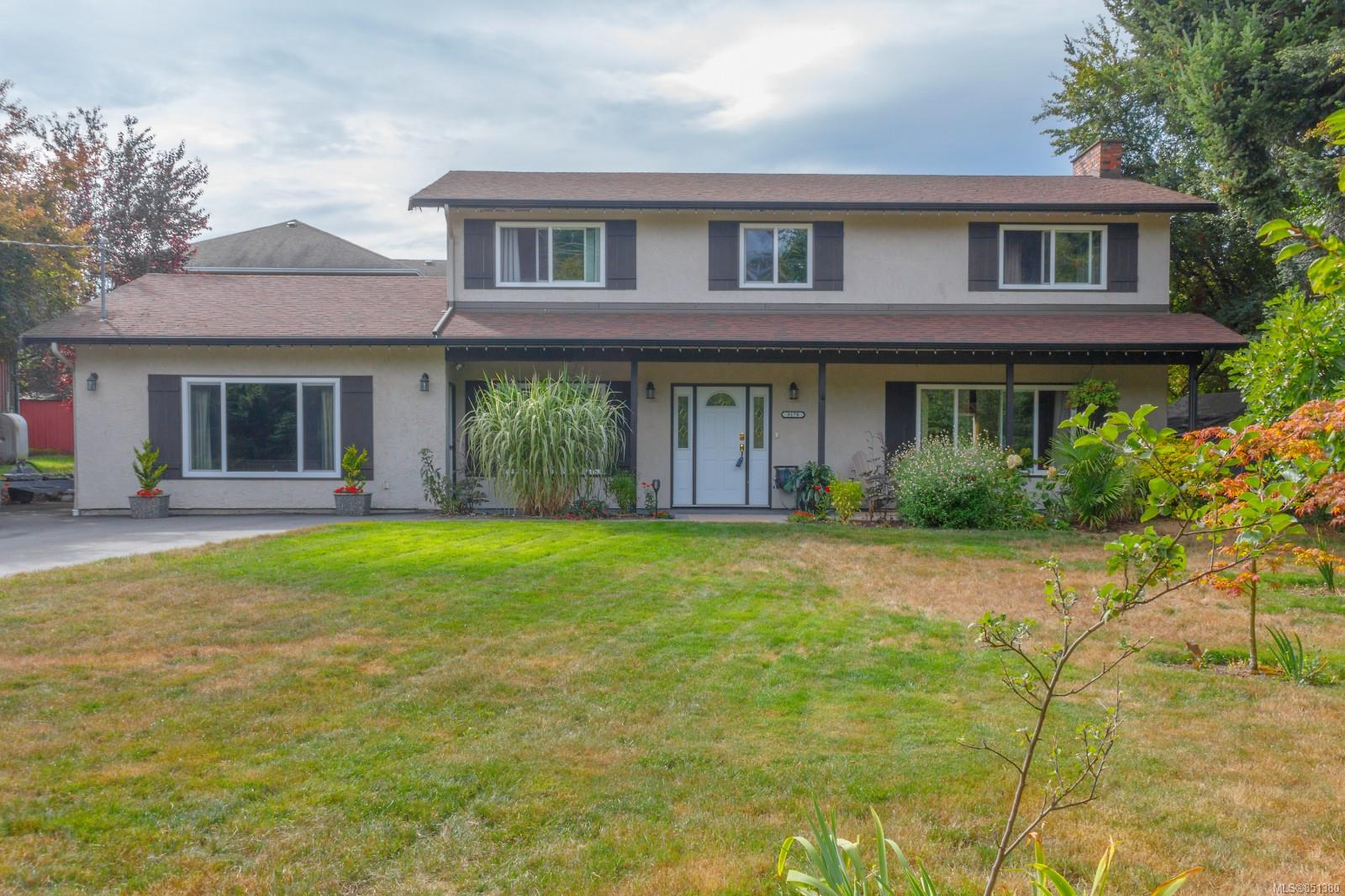 Nicely maintained 4 bedroom home nestled on a quiet cul-de-sac