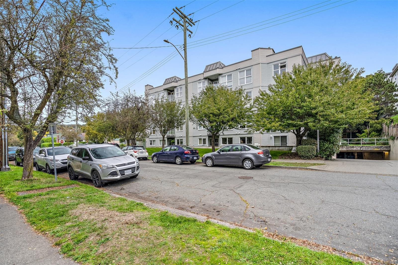 Photo 25 at 301 - 1201 Hillside Avenue, Hillside, Victoria