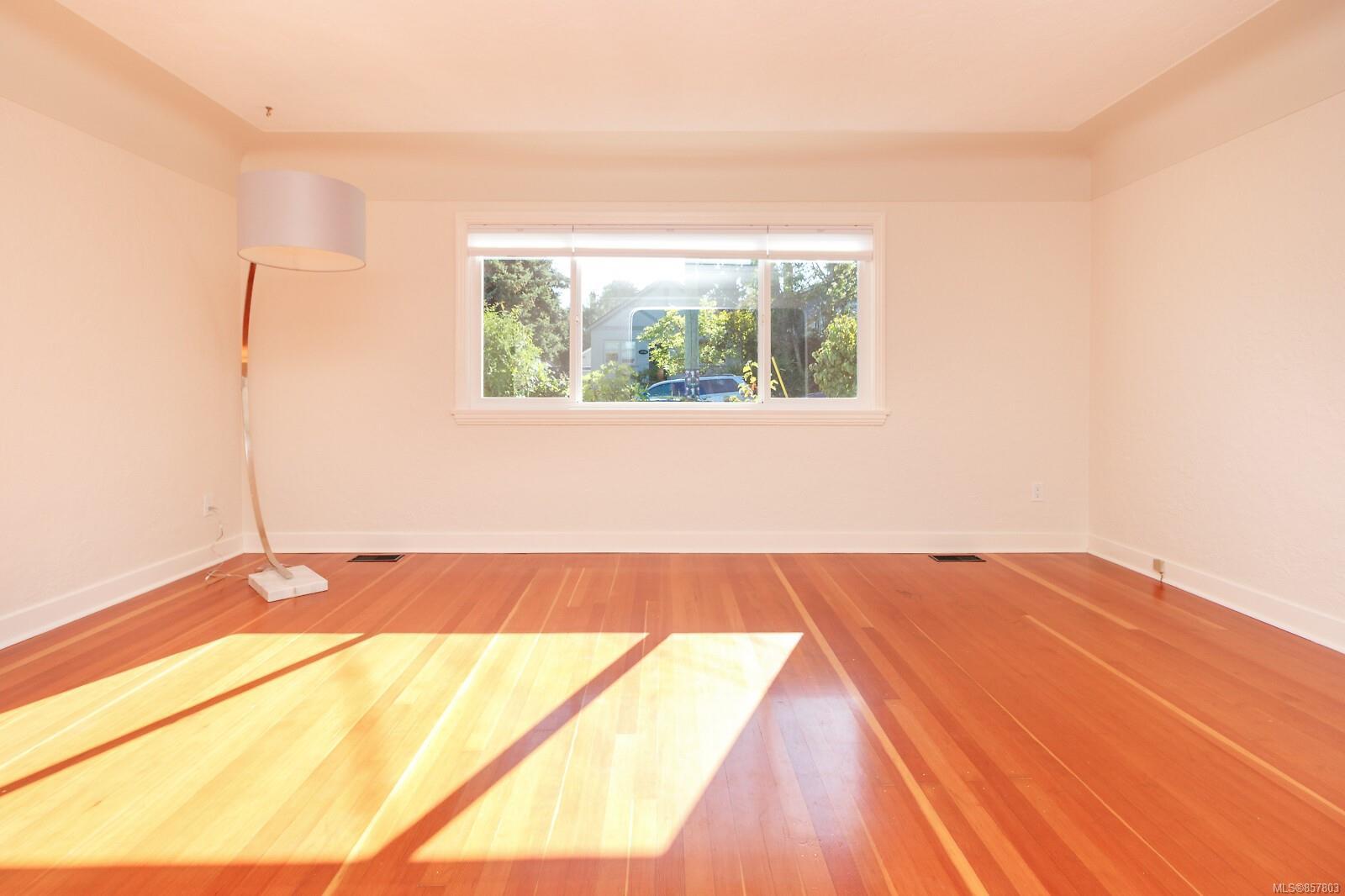 Photo 8 at 1314 Balmoral Road, Fernwood, Victoria