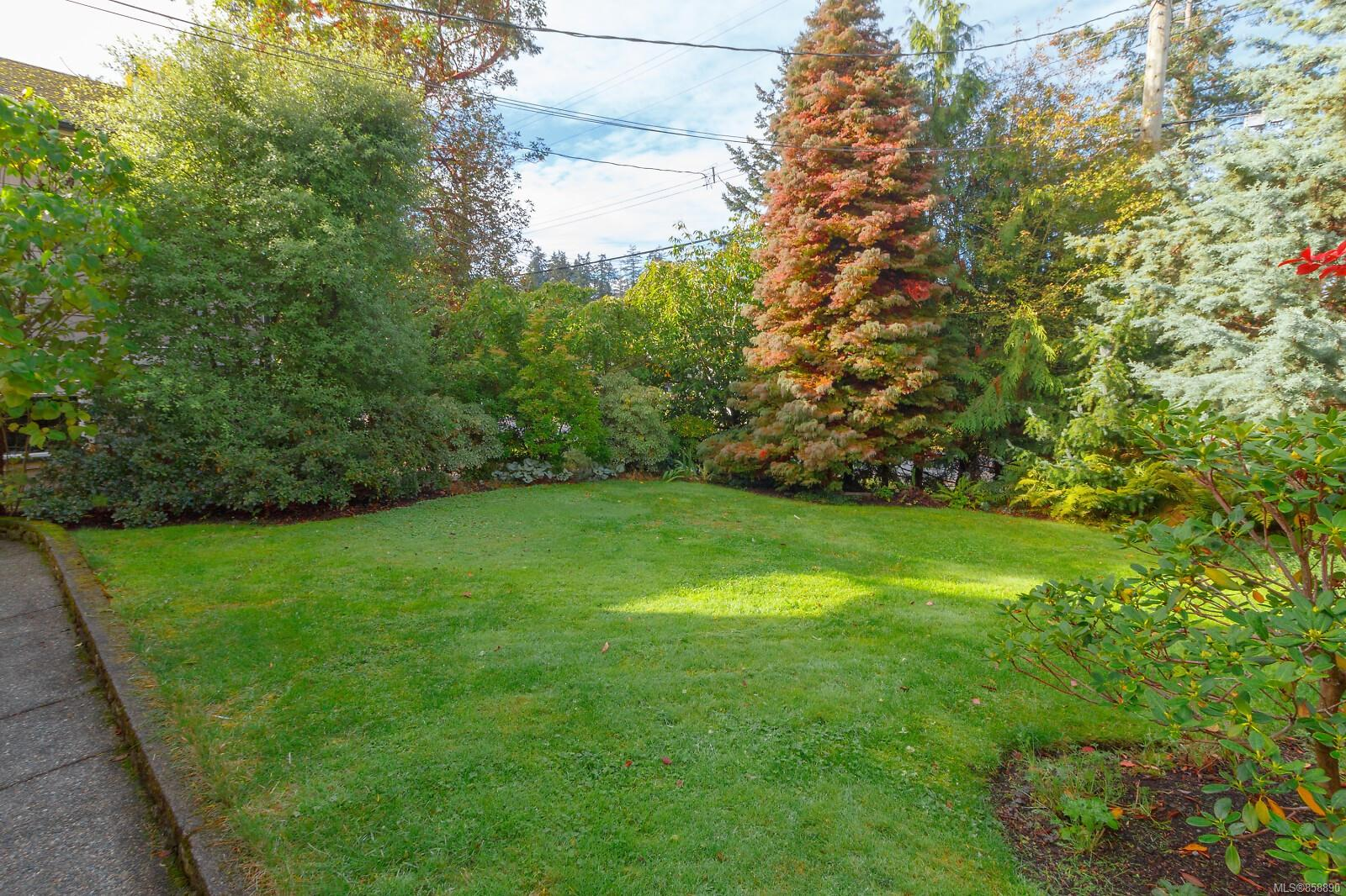 Photo 42 at 10953 Chalet Road, Deep Cove, North Saanich