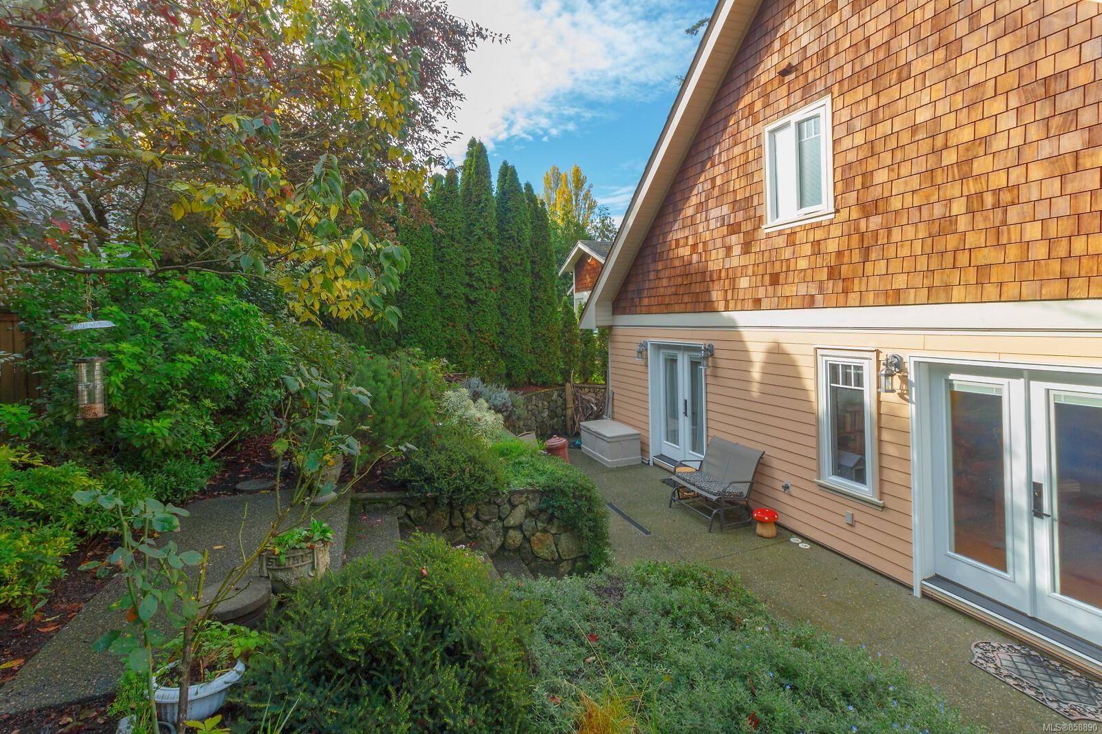 Photo 31 at 10953 Chalet Road, Deep Cove, North Saanich