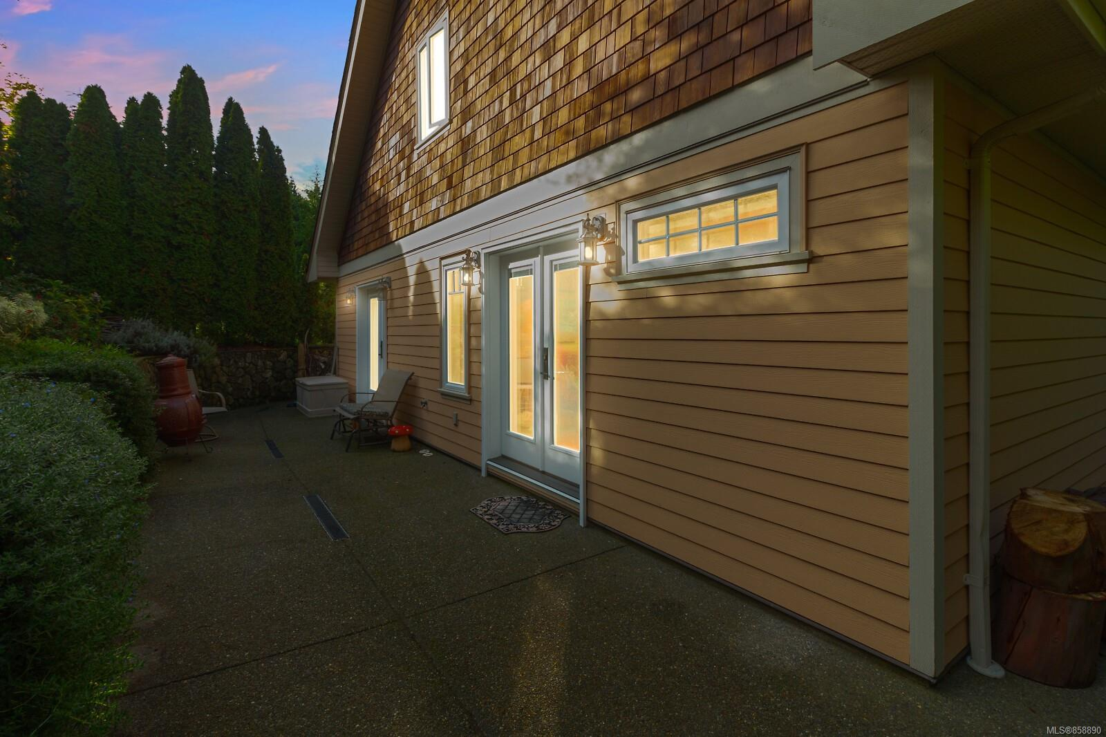 Photo 36 at 10953 Chalet Road, Deep Cove, North Saanich