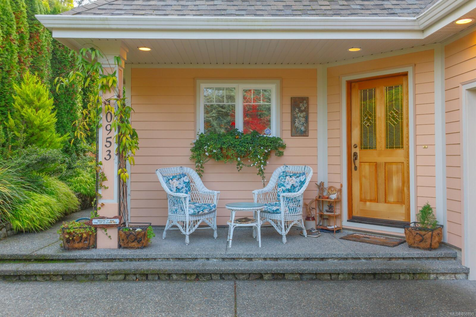 Photo 3 at 10953 Chalet Road, Deep Cove, North Saanich