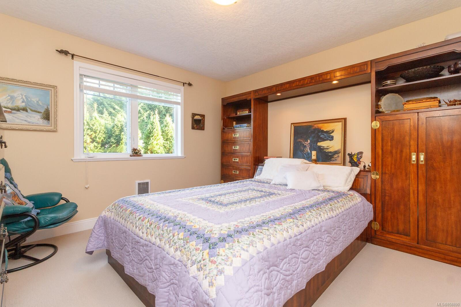 Photo 24 at 10953 Chalet Road, Deep Cove, North Saanich
