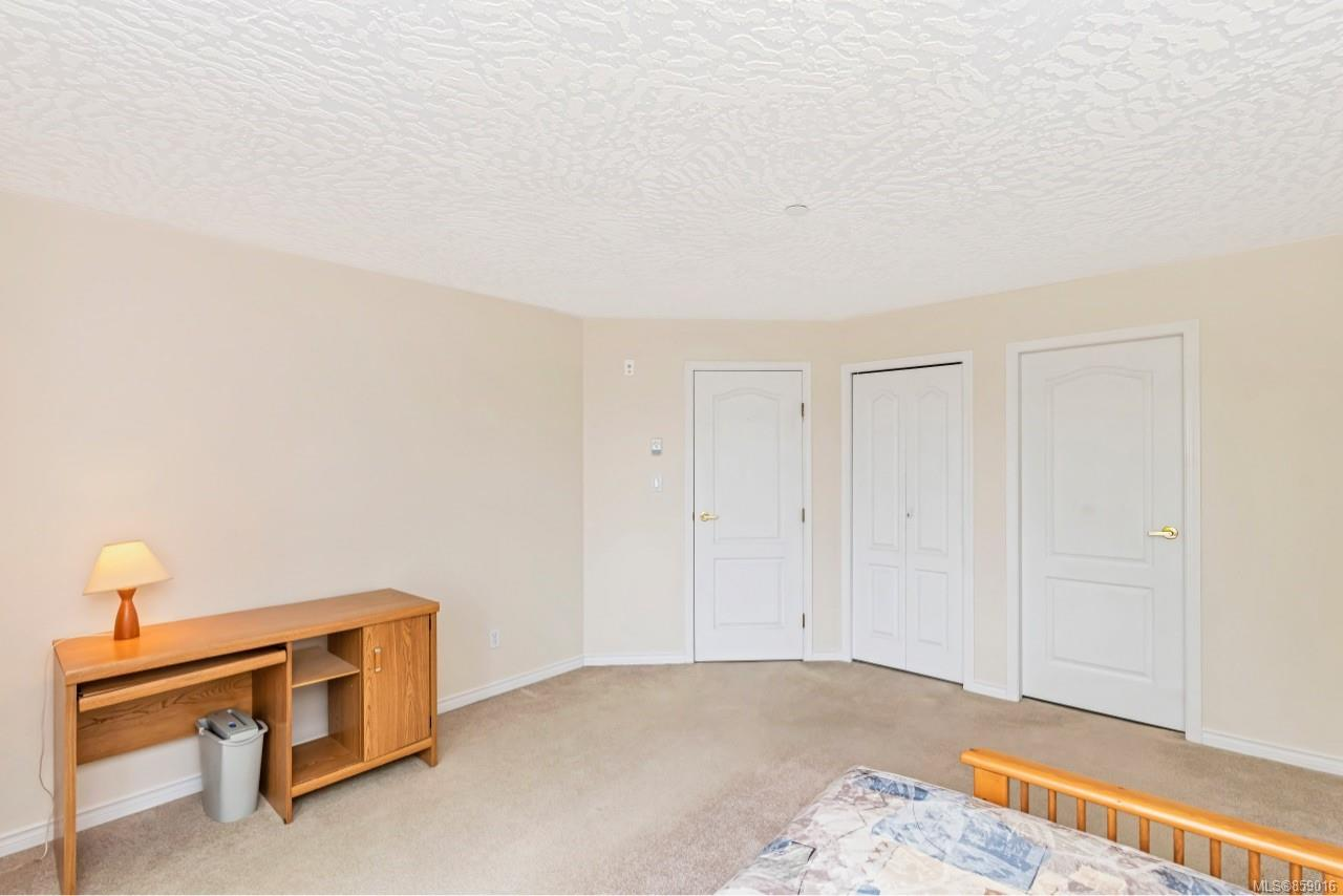 Photo 25 at 302 - 3700 Carey Road, Gateway, Saanich West