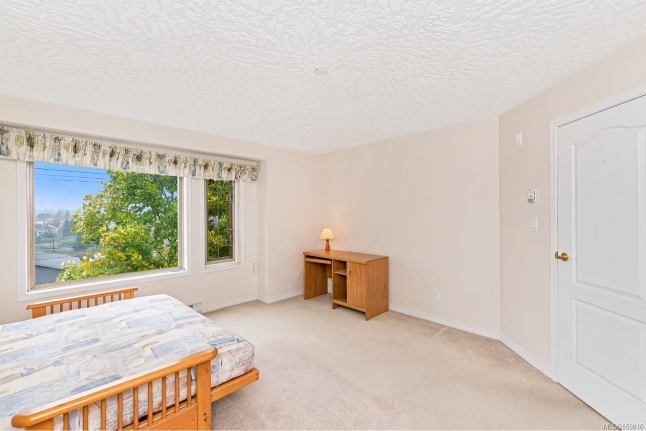 Photo 24 at 302 - 3700 Carey Road, Gateway, Saanich West