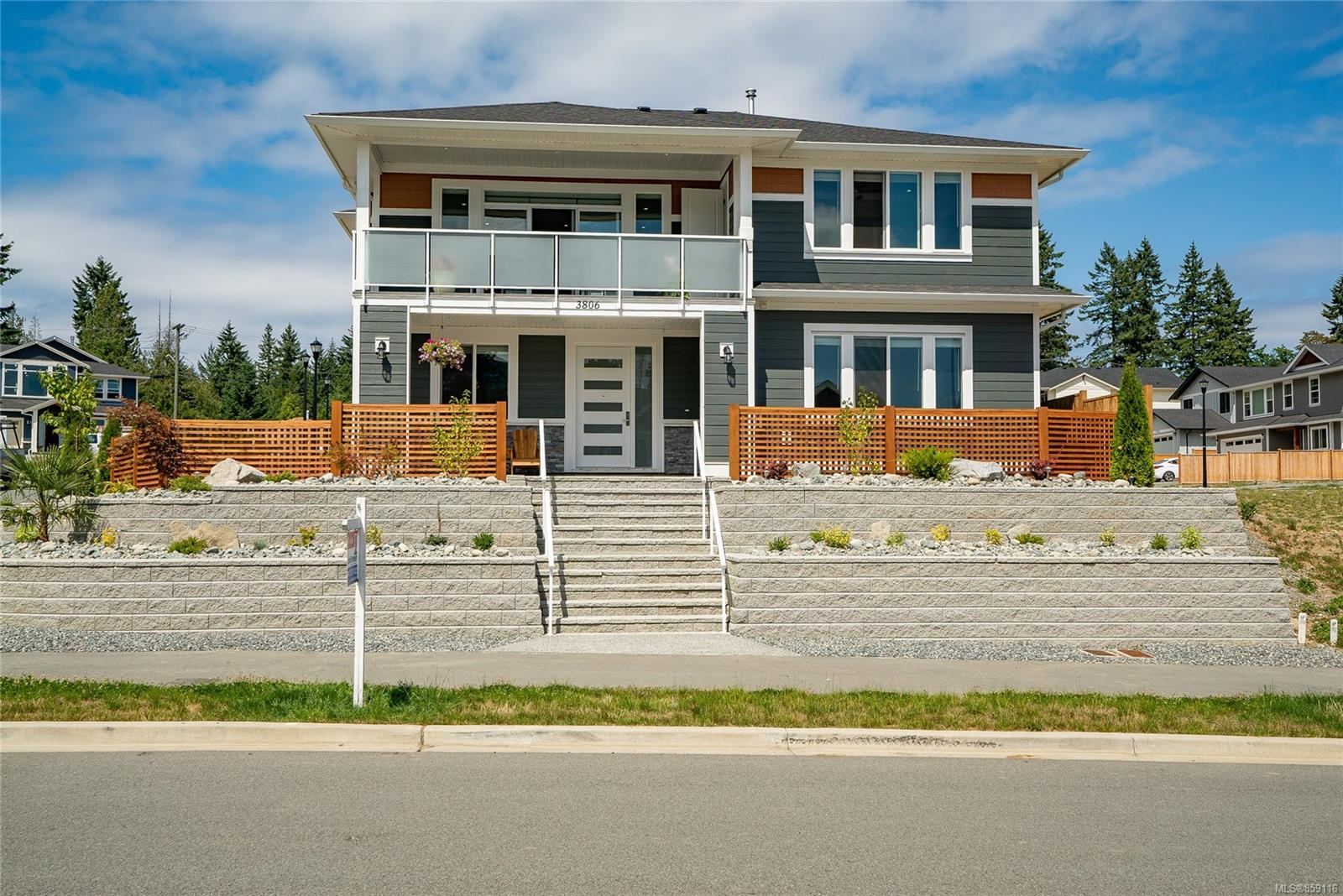 3806 Marjorie Way, Nanaimo photo number 2