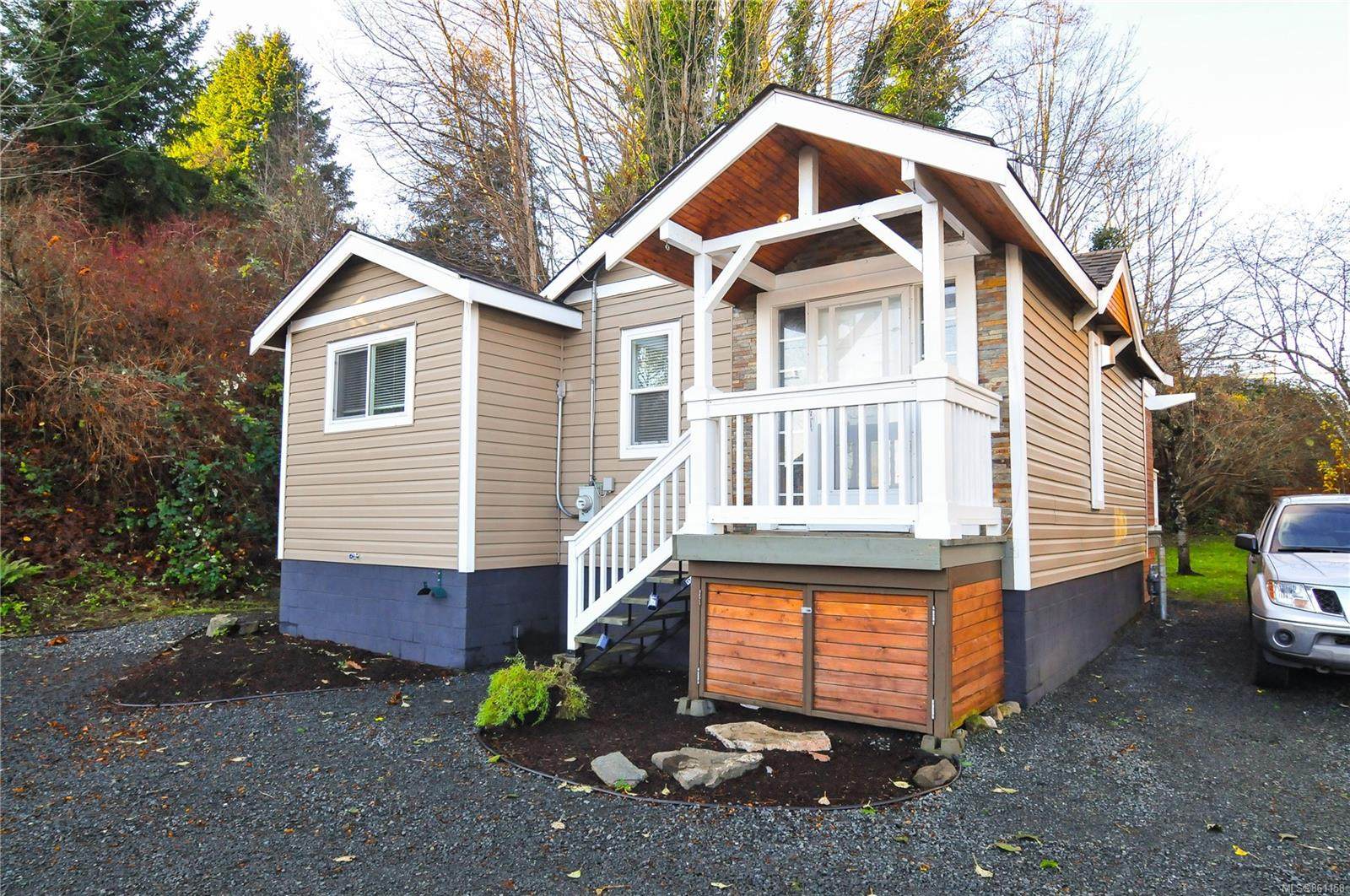 1040 Dogwood Street, Campbell River Central, Campbell River photo number 2