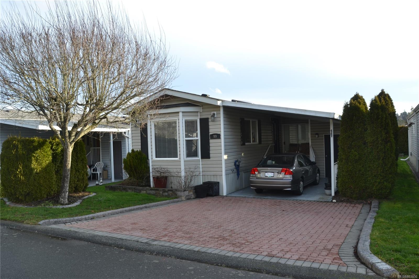 7583 Central Saanich Rd # 99, Central Saanich BC V9A 0A1