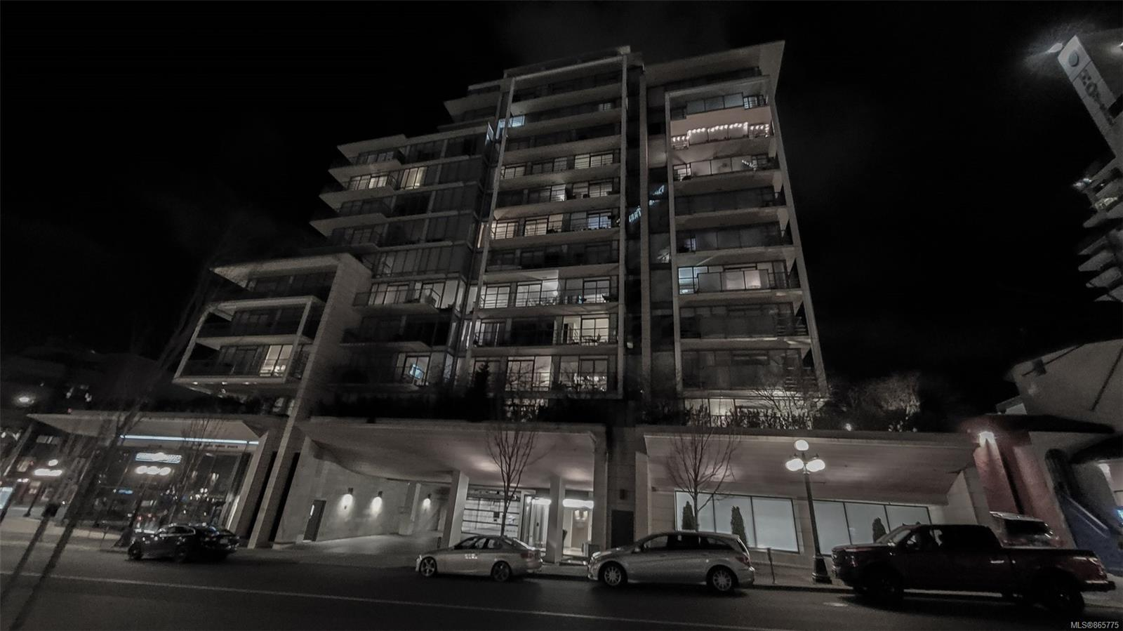 402 - 708 Burdett Avenue, Downtown, Victoria photo 0