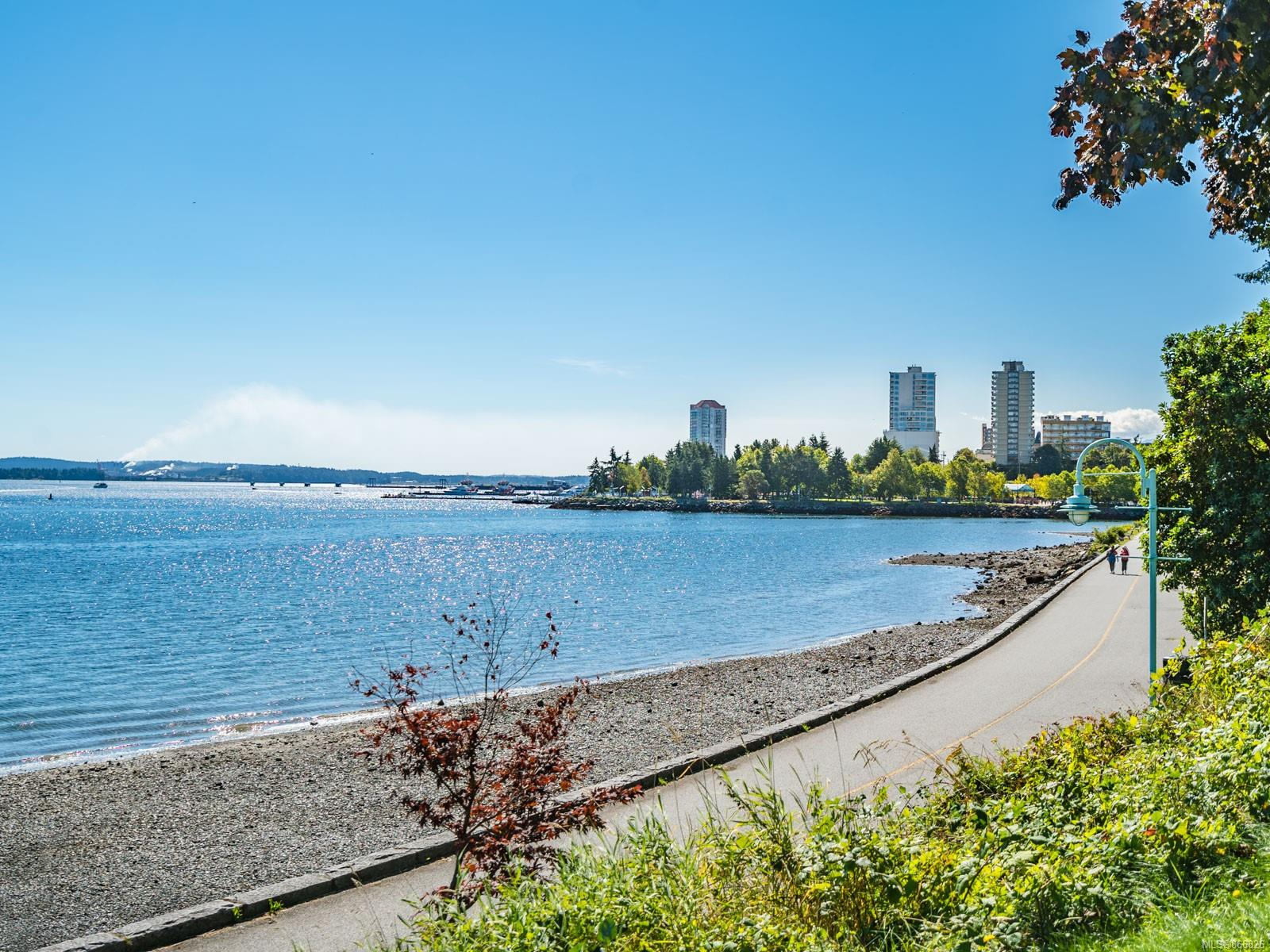 100 - 375 Newcastle Avenue, Brechin Hill, Nanaimo