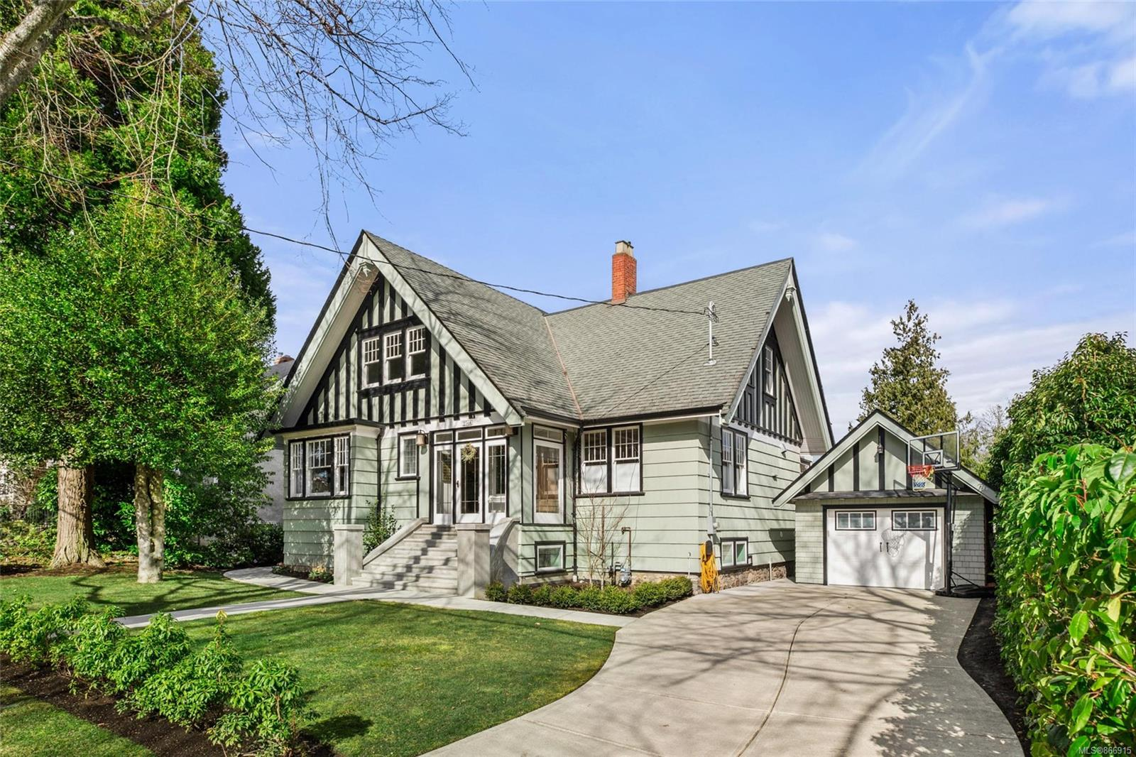 "Welcome home to your gorgeously rejuvenated 1908 built residence. Located just a short stroll from Willows Beach in Oak Bay, your new home features 5 bed & 4 bath. Updated from the ground up by RGD & Jenny Martin Designs, JT Construction & Splinters Millwork to create a stunning property including a full-height basement proving ~ 4,200sqft of living space - an ideal family home. A perfect creation marrying original character inc. hardwood floors & stained glass to the stunning gourmet kitchen w/48"" Wolf Dual Fuel range w/double griddle, 42""French door sub-zero fridge, wolf steam oven & cabinetry detailing that must be seen. Upstairs is the Principle bed w/stunning ensuite & 2 additional beds. Mechanically new w/Dual gas Heat Pumps w/5 control zones, updated electrical & plumping incl outdoor shower. If you like outdoor living then be prepared to be impressed with the two-level concrete deck w/gas BBQ & fire table h/ups, & sunken hot tub. A magazine-worthy timeless designed home. Enjoy!"