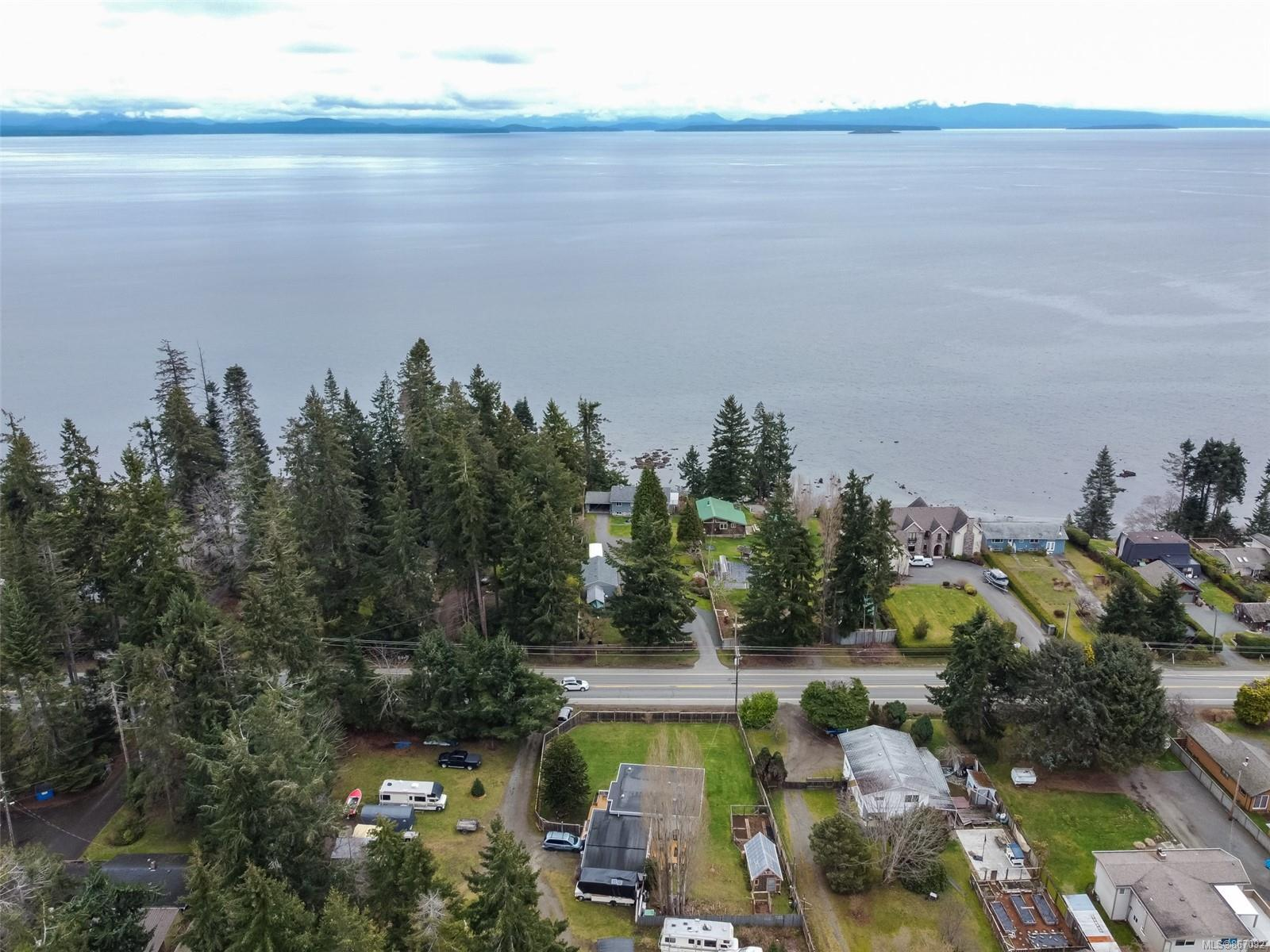 4096 S Island Highway, Campbell River South, Campbell River photo number 2