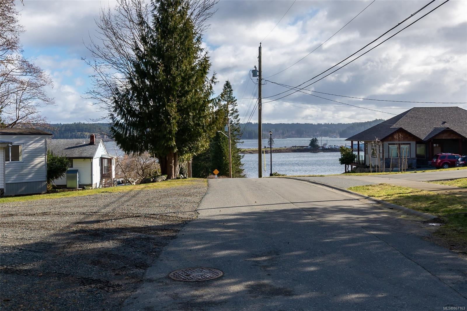 Photo 11 at 1508&1518 Vanstone Road, Campbell River