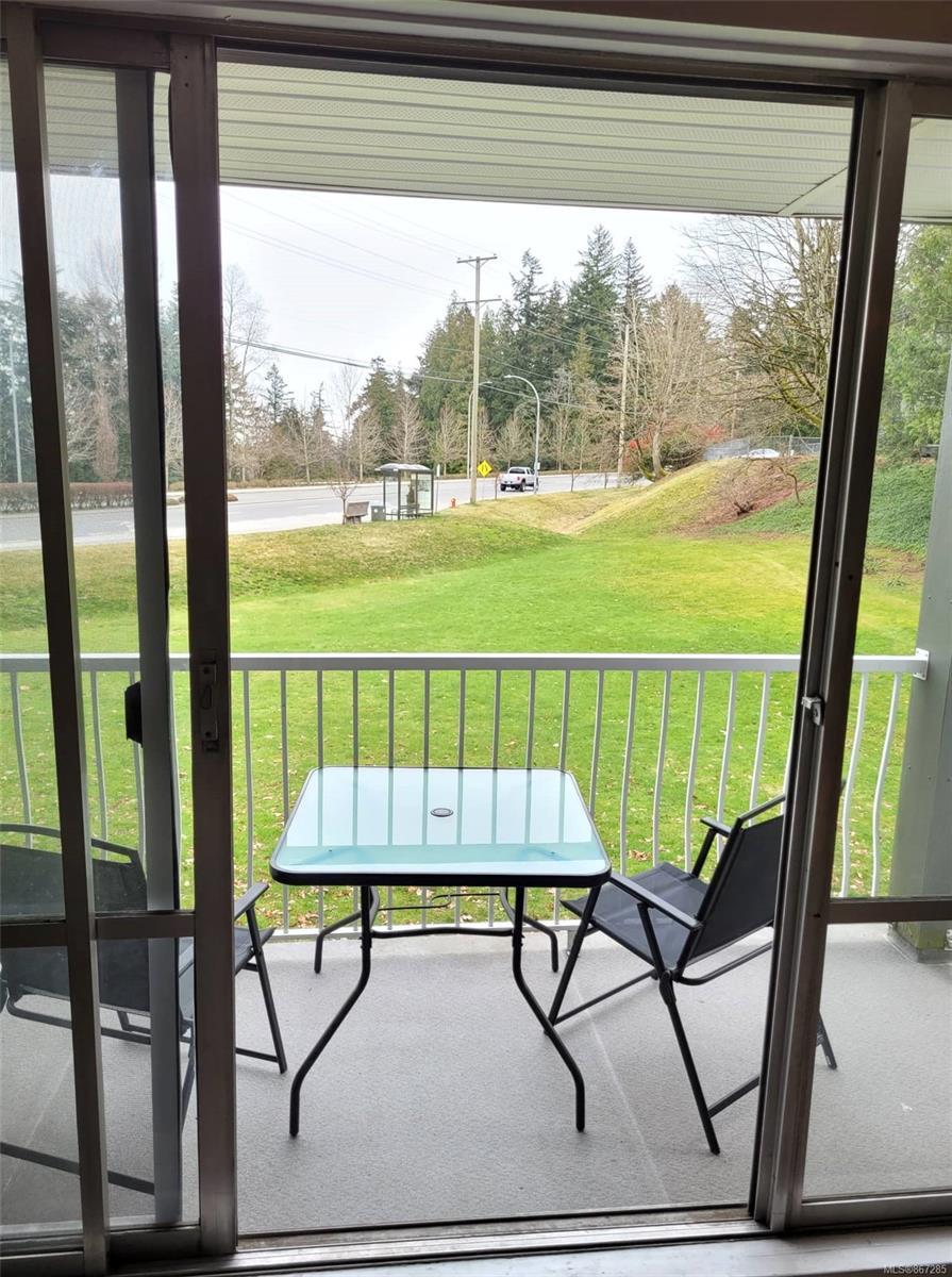 1206 - 1097 Bowen Road, Nanaimo photo number 2