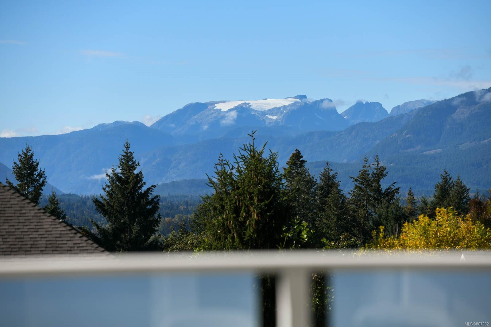 940 View Avenue, Comox Valley photo number 2