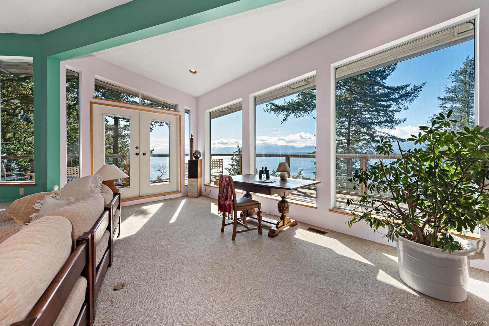 Isl Hornby Island Single Family Detached for sale:  2 bedroom 2,886 sq.ft. (Listed 2021-03-15)