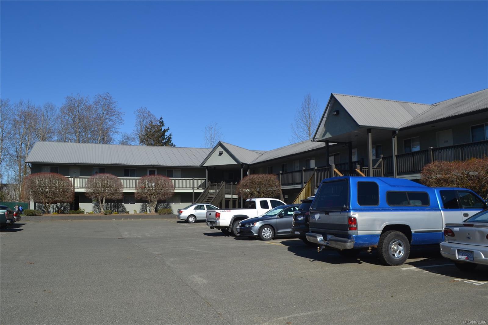 221 - 1540 Piercy Avenue, Courtenay City, Comox Valley photo number 2
