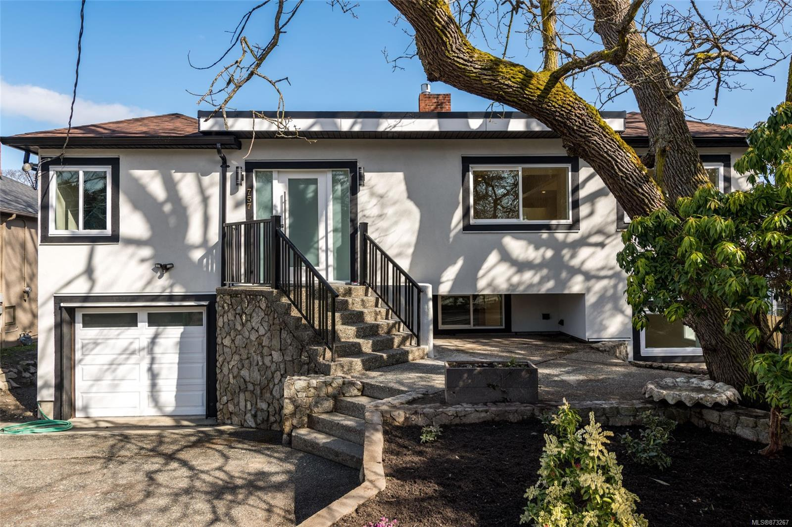 Video/virtual tour available.  You've Found Home.   Completely Renovated 5 bed, 4 baths, 2 kitchens + self-contained oversized rec room with its own full bath & wet bar that could be used for home gym/office/game room, etc.  3,530  S.F of very flexible Floor Plan on this huge 57 wide x 210 feet deep (12,000 S.F)  sun-drenched, peaceful yard.  Features New Bosch appliance package, Heat pump, new roof, all new wiring, plumbing, roof, windows too many updates to list. If you are looking to live in a light-filled home that is steps to the ocean, one of Victoria's prestigious golf courses, great schools Whether you are into paddleboarding, hiking, golfing, road biking, or just ocean strolling. Monterey Middle School, McNeal Bay, Anderson Hill, Vitoria Golf Course, Demitasse Café & garden Centre are just steps away.  Endless possibilities in this Yard for veggie gardening, swimming pool, pickleball court, mini orchard, Garden house/studio or have it all!