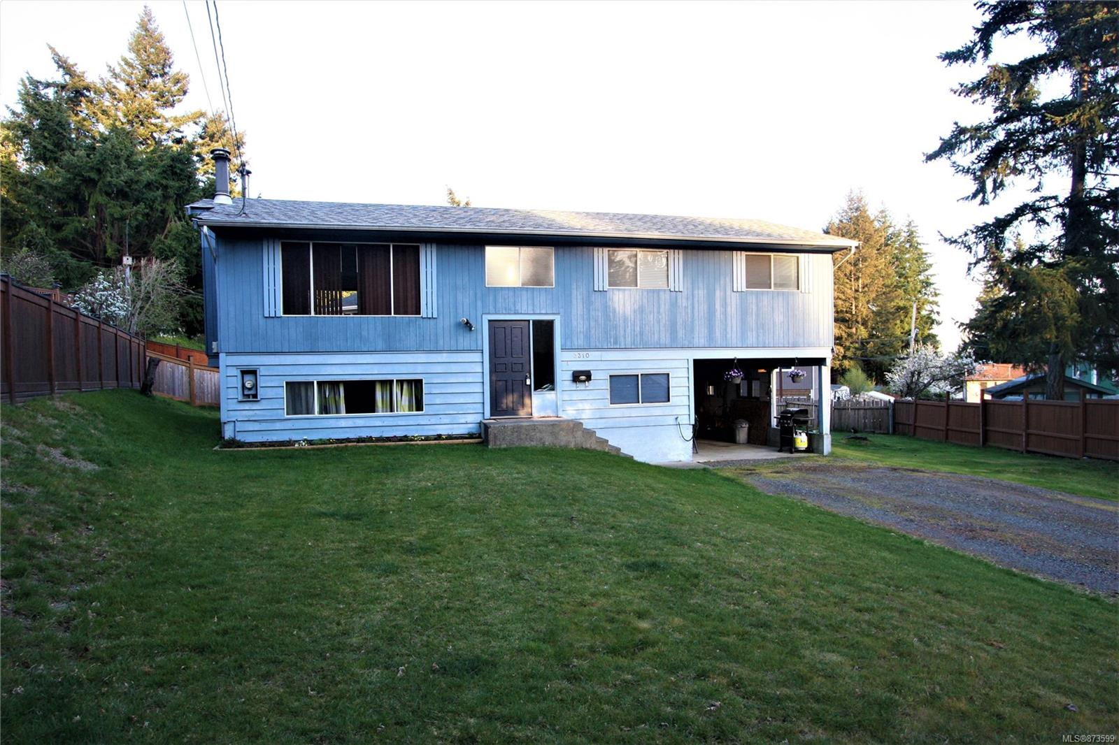 3310 Dingle Bingle Hill Road, Uplands, Nanaimo photo number 2